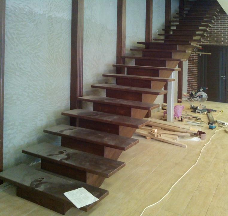 Двухмаршевая лестница без поворотов